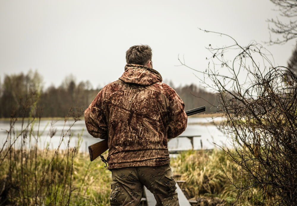 How to make your own hunting clothes
