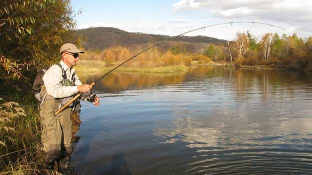 How To Find Your Perfect Tackle Box & Fishing Backpack